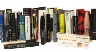 Test of chemicals in mascaras